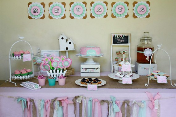 Cakes and co party planning styling bautismos for Decoracion de bautismos