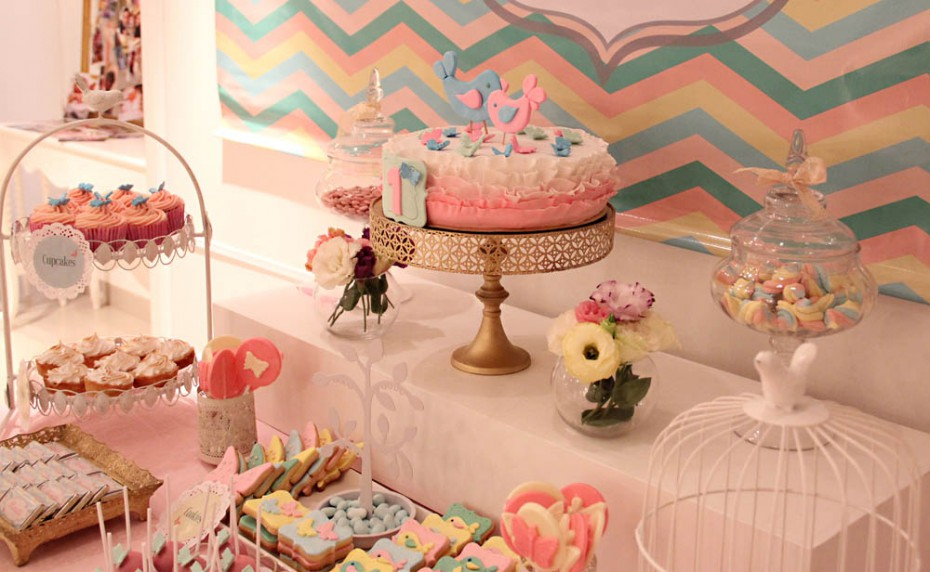 Cakes and co party planning styling mariposas y - Objetos de decoracion vintage ...