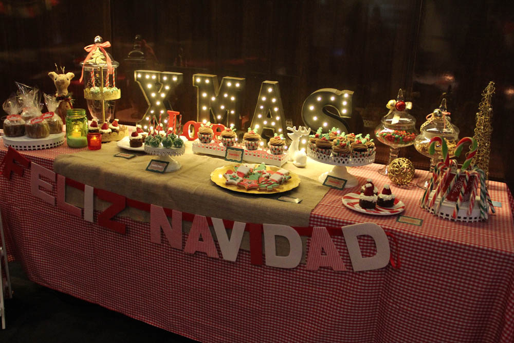 Cakes and co party planning styling mesa navide a - Mesa navidena ...